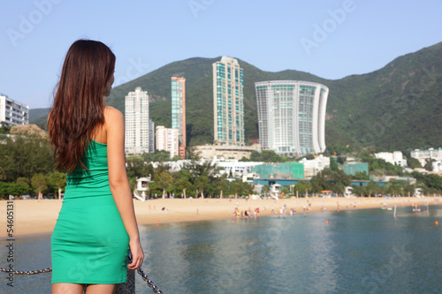Fotografija  Hong Kong tourist woman at Repulse Bay beach