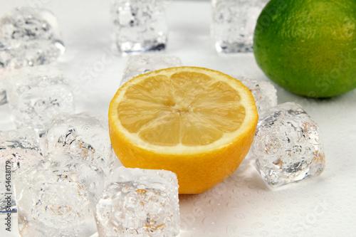Poster Dans la glace Lemon and lime
