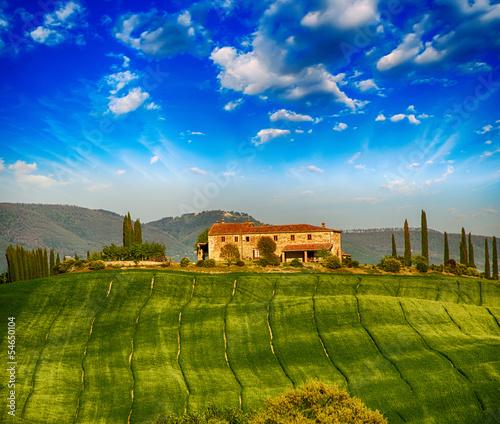 Foto auf Acrylglas Toskana Italian landscape. Tuscany fields and meadows in spring season
