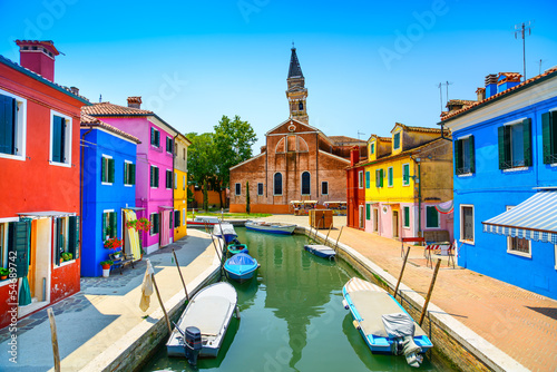Fotografiet Venice landmark, Burano canal, houses, church and boats, Italy