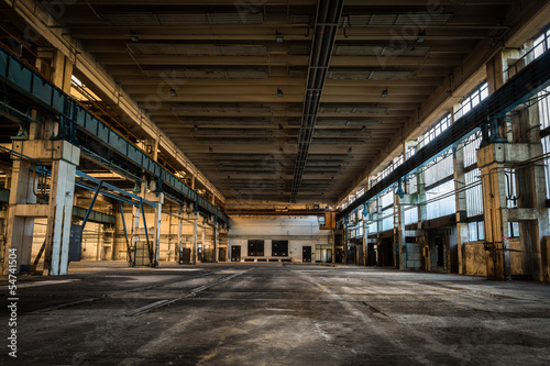 Printed kitchen splashbacks Old abandoned buildings abandoned vehicle repair station inside