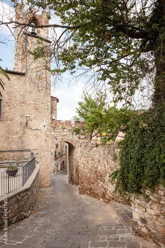 Keuken foto achterwand Smal steegje Suvereto, Liguria, Italy