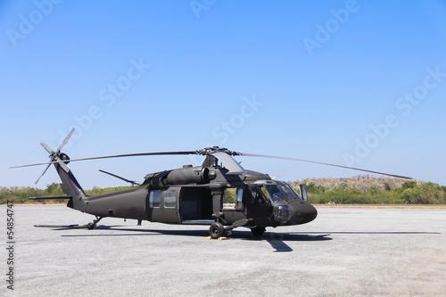 Papiers peints Hélicoptère Military helicopter blackhawk at a base