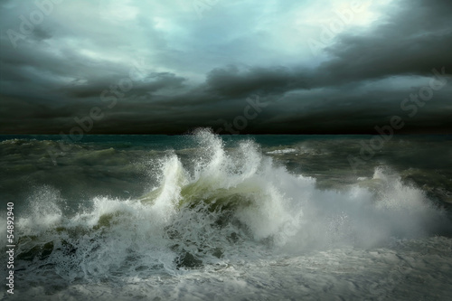 La pose en embrasure Tempete View of storm seascape
