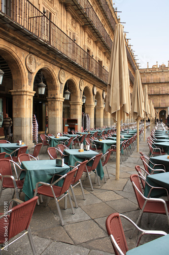 Photo sur Toile Drawn Street cafe Plaza Mayor in Salamanca, Spain