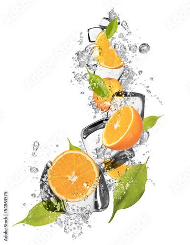 Poster Dans la glace Ice oranges on white background