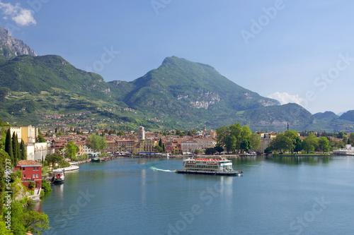 Riva del Garda, Promenade, Gardasee, Glockenturm, Hafen, Italien Canvas Print