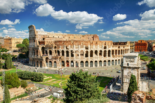 Photo  View of the Colosseum in Rome