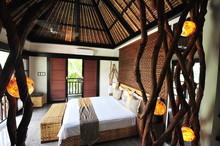 Interior Of Luxury Tropical Vi...