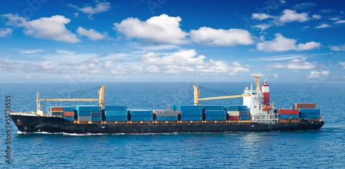 Valokuva  navire porte-containers en mer