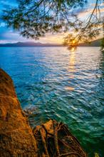 Sunrise Ove Lake