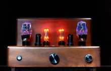 Electronic Amplifier With Glow...