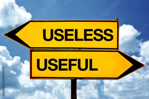 Fotomural Useless or useful