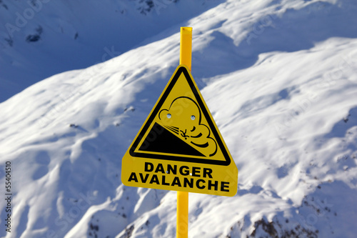 Avalanche sign Fotobehang