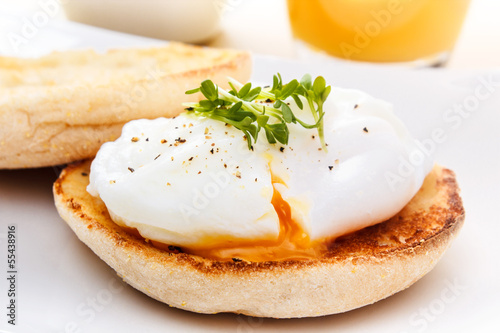 English Muffin mit Ei