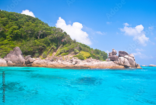 Foto op Aluminium Kust Turquoise water of Andaman Sea at Similan islands