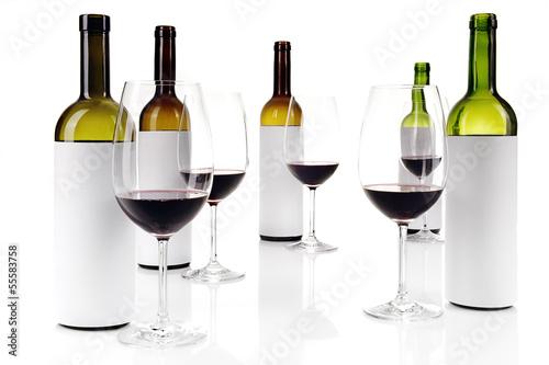 Fotografía  Blind wine tasting on white