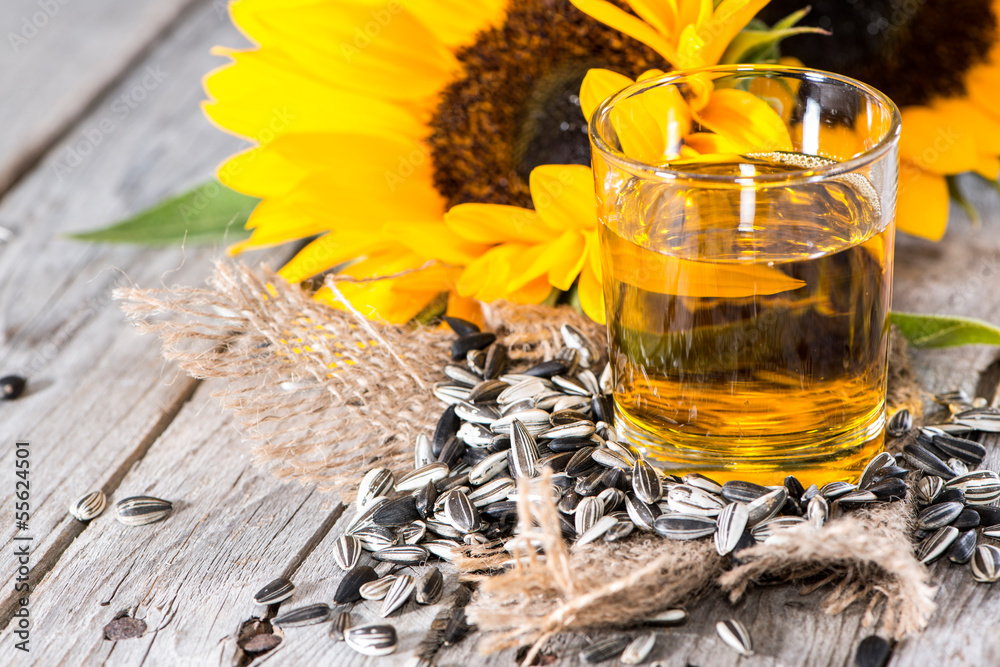 Fototapety, obrazy: Fresh Sunflower Oil