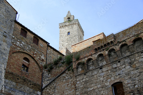 Photo  San Gimignano old buildings