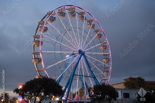 Papiers peints Attraction parc County Fair Ferris Wheel