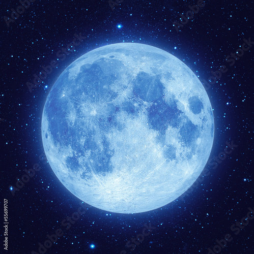 Photographie  Full blue moon with star at dark night sky