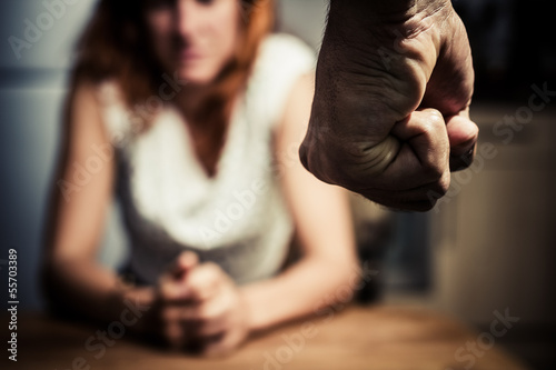 Photo Woman in fear of domestic abuse