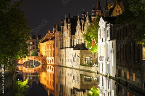 In de dag Brugge Canal Houses Bruges