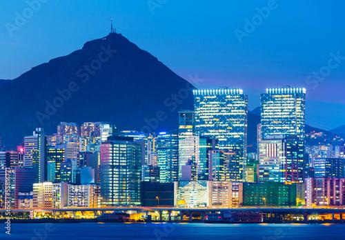 Photo  illuminated building in Hong Kong