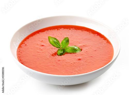 Fotografia bowl of tomato soup with basil