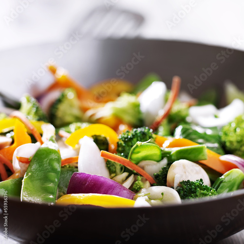 Stampa su Tela vegetarian wok stir fry close up