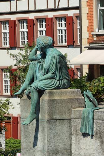 Valokuva  Statue Sitzende Helvetia Rheinbrücke Basel