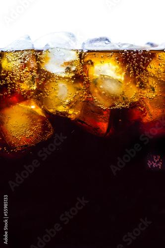 Valokuvatapetti Cola with ice cubes