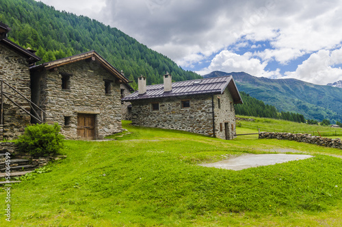 Foto op Plexiglas Indonesië Stone houses. Traditional alpine village in the mountains