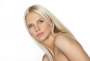 Portret pięknej blond dziewczyny