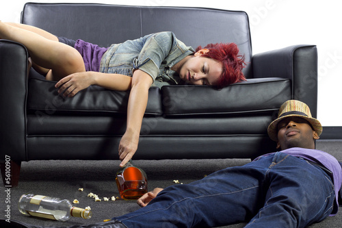 Fotografie, Obraz  drunken college friends after a wild house party
