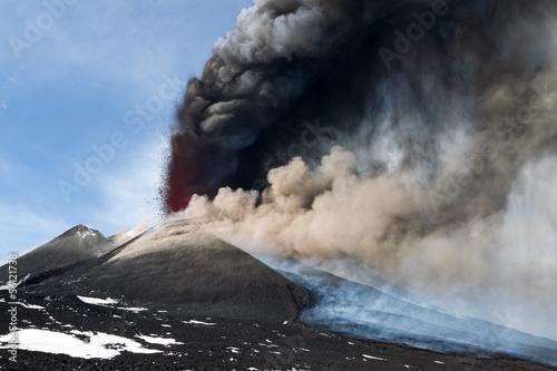 Staande foto Vulkaan Etna eruption April 2012