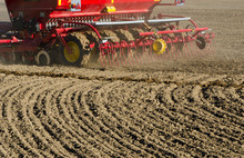 New Agriculture Cereal Grain Seeder Machinery Working On Field