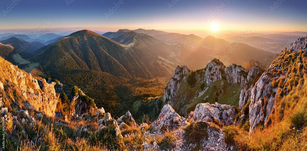 Fototapety, obrazy: Slovakia mountain peak Rozsutec