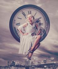 Time For Nightlife / Marilyn Monroe 06
