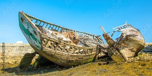 Photo Stands Shipwreck Epaves de navire à Camaret en Bretagne