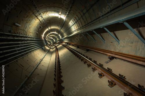 Papiers peints Tunnel underground metro line on construction