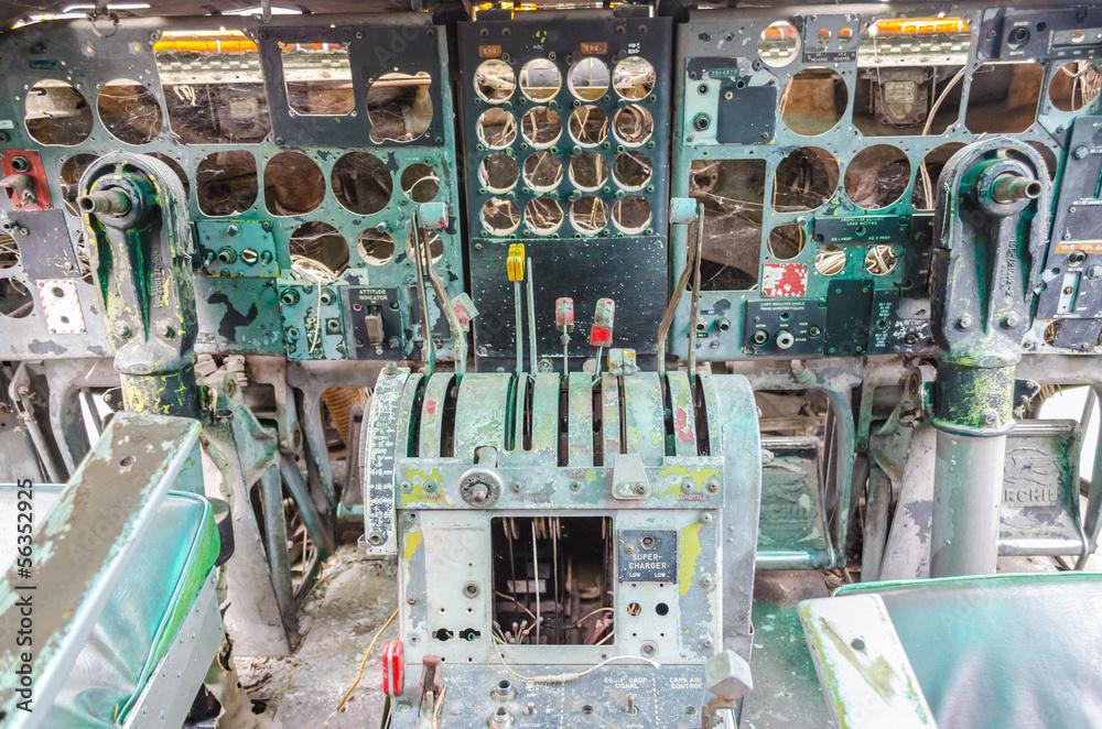abandon electronic cockpit - obrazy, fototapety, plakaty