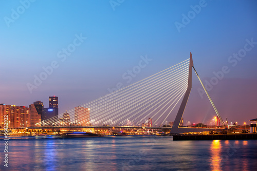 Deurstickers Rotterdam Erasmus Bridge in Rotterdam at Twilight