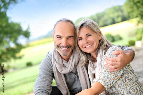 Photo Portrait of loving senior couple