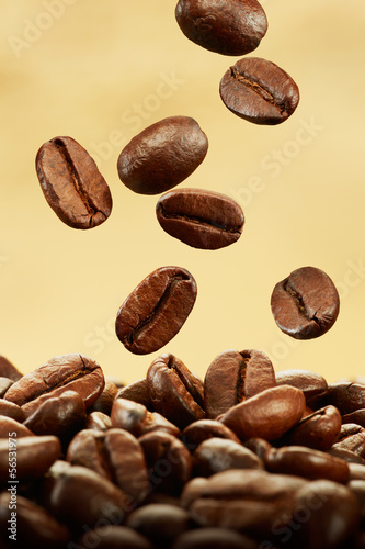coffee beans falling