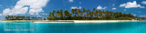 Fotobehang Eiland High resolution photo of tropic island at Maldives