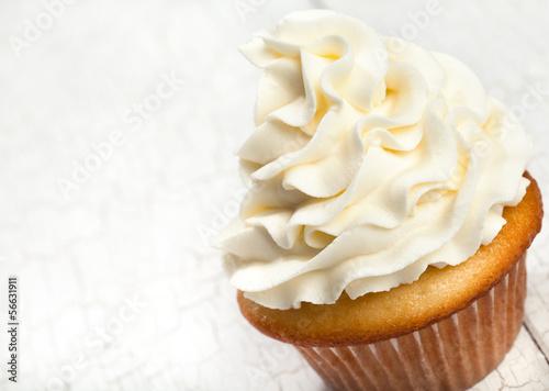 Photo  Gourmet vanilla cupcake