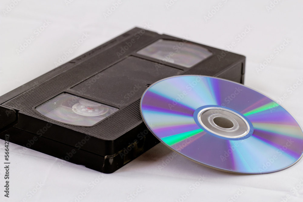 a comparison of dvd technology and vhs videotapes Converting vhs to dvd means storing the same video content on a small stack of disks taking up a lot less space vhs and video tapes deteriorate and break: analog tapes, whether vhs or 8mm cassettes, degrade over time much more rapidly than digital disks.