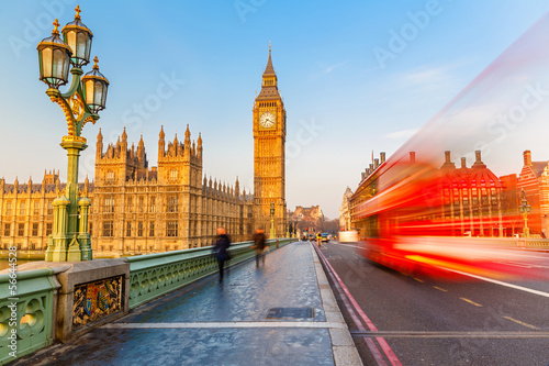 Tuinposter Londen rode bus Big Ben and red double-decker bus, London