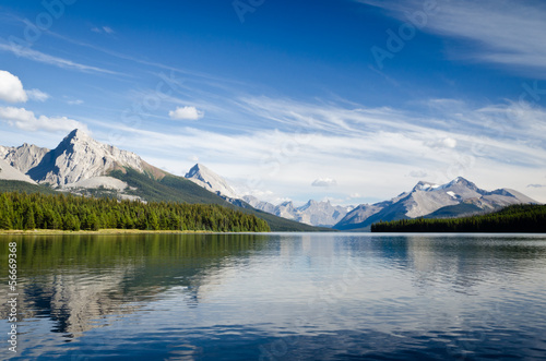 Spoed Foto op Canvas Canada Maligne Lake - Jasper National Park - Alberta - Canada